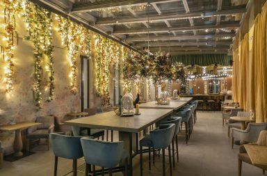 NoMad Food&Bar Terraza cubierta noche