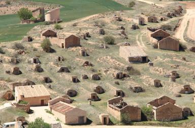 Barrio de bodegas de Atauta Ruta del Vino Ribera del Duero