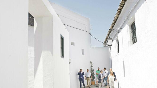 bodegas fundador reinaugura calle de jerez